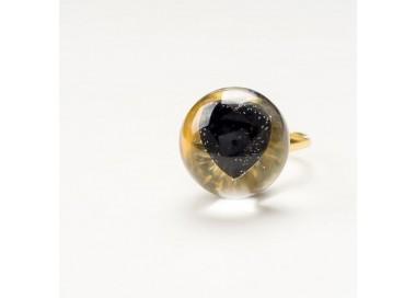 Czarny pierścionek z cyrkonią serduszko czarne