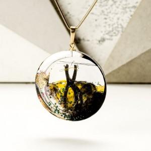 Personalizowana biżuteria na prezent, naszyjnik artystyczny pozłacany oliwkowo złoty 2