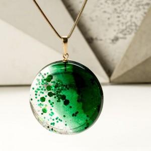 Naszyjnik z zielonym oczkiem.1