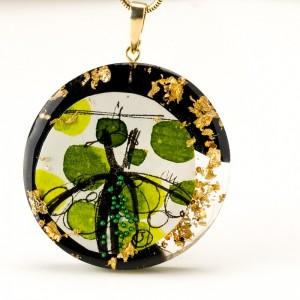 Biżuteria artystyczna do zielonej sukienki.1