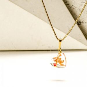 Żywica biżuteria- naszyjnik serce.1