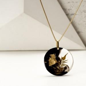Naszyjnik- klasyka złoto i czerń w biżuterii.1