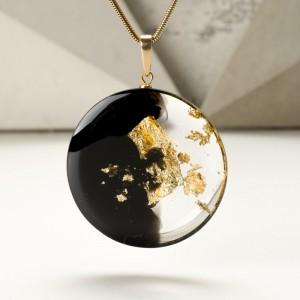 Unikalna biżuteria, naszyjnik złoty.