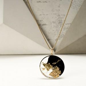 Nowoczesna biżuteria artystyczna, naszyjnik.1