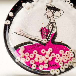 Współczesna grafika artystyczna w biżuterii.1