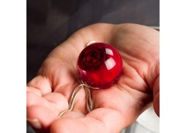 Naszyjnik z żywicy na walentynki z prawdziwą czerwoną różą 1