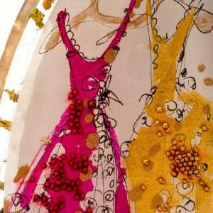 Biżuteria artystyczna z grafiką rysowaną tuszami przez artystę.