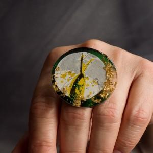 Pierścionek artystyczny Żółta Sukienka oryginalna biżuteria artystyczna ręcznie malowana 2