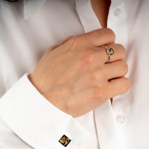 Pierścionek z oczkiem do białej koszuli.1