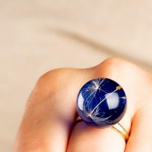 Pierścionek niebieski- idealny do dżinsów.