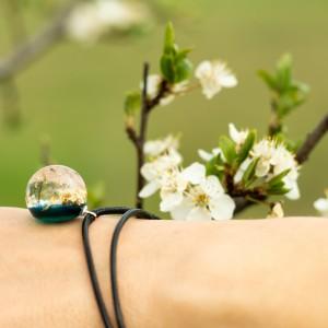 Bransoletka zielona na wiosnę z dmuchawcami. 1