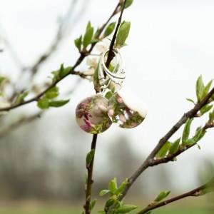 Kolczyki, wiosna w kolczykach z kwiatami.
