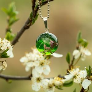 Naszyjnik wiosenny z prawdziwymi kwiatami.1