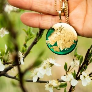 Naszyjnik zielony na wiosnę.