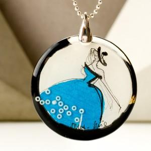 Nowoczesnych kolekcja biżuterii, naszyjnik z grafiką.