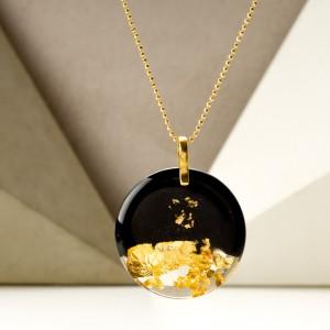 Geometryczna biżuteria- naszyjnik.
