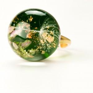 Zielone oczko pierścionek z kwiatami.1
