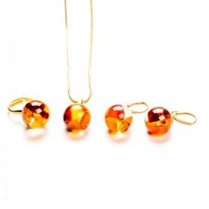 Srebrne złocone komplety z bursztynem.1