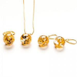 Komplet biżuterii złoconej dla mamy.