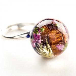 Srebrny pierścionek z prawdziwymi kwiatami wrzosu i mchem granatowy 1