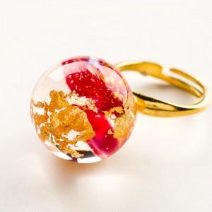 Pierścionek artystyczny pozłacany złoto-czerwony z czerwonymi płatkami róży 2