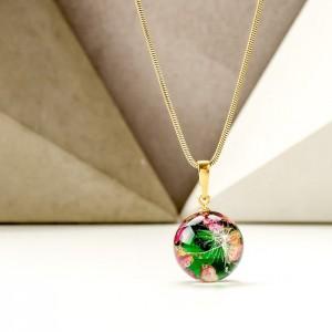 Prezent dla mamy na święta- zielony naszyjnik z wrzosem