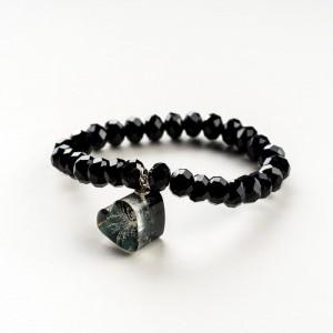 Czarna bransoletka artystyczna z czarną zawieszką w kształcie serca z dmuchawcem 3