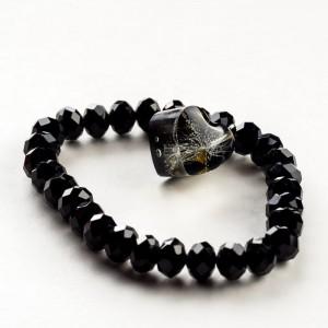 Czarna bransoletka artystyczna z czarną zawieszką w kształcie serca z dmuchawcem 2