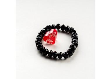 Czarna bransoletka artystyczna z czerwonym serduszkiem 2