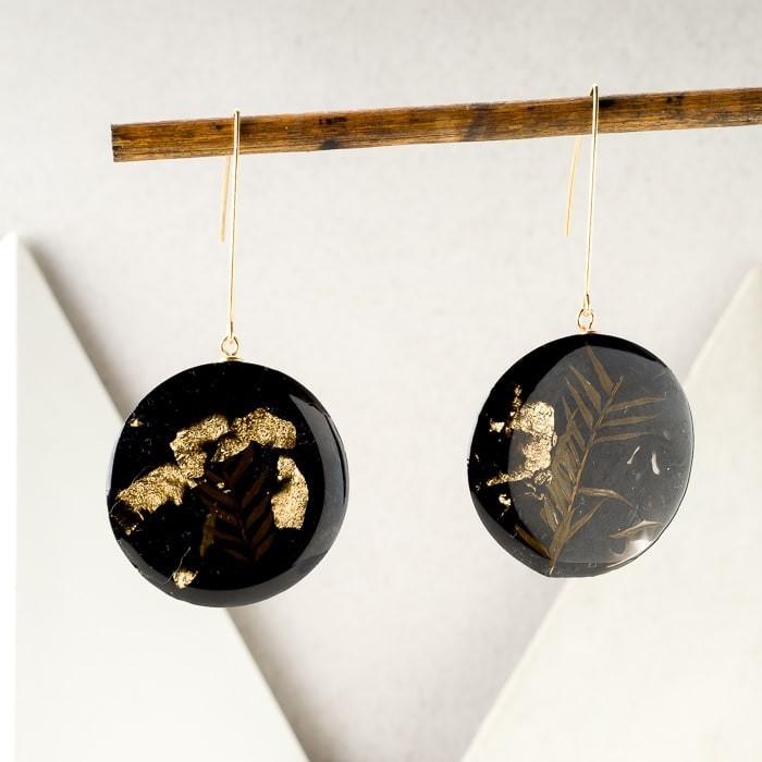Kolczyki koła złote z roślinami