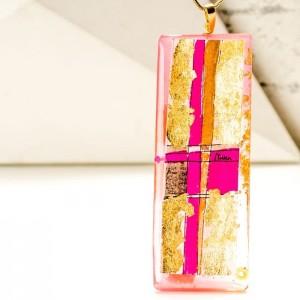 Biżuteria z imieniem – złoto różowy naszyjnik ręcznie wykonany na pozłacanym łańcuszku 1