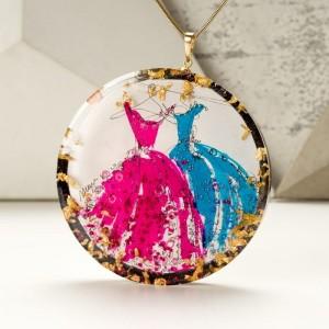 Naszyjnik z grawerem artystyczny ręcznie wykonany różowo turkusowy 1
