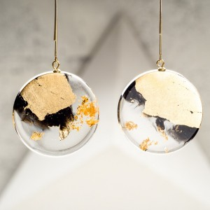 Kolczyki wiszące złote koła złote i czarne. 2