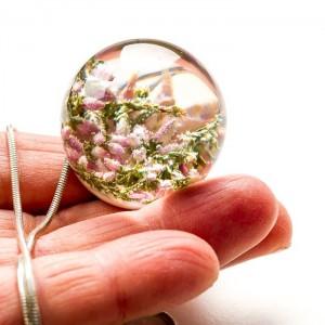 Srebrny naszyjnik z kwiatami wrzosu różowego 1