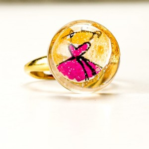 Pierścionek artystyczny pozłacany ręcznie malowany ze złoto - różowym oczkiem 2