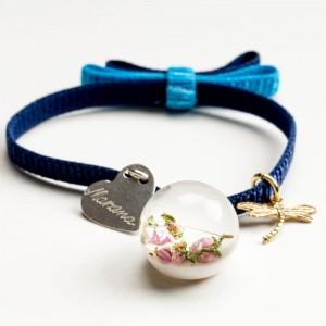 Granatowa bransoletka serce z grawerem z kokardą i różowym wrzosem 1