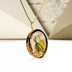 Wisiorek z imieniem z zielono złotą ręcznie malowaną artystyczną zawieszką na pozłacanym łańcuszku 2