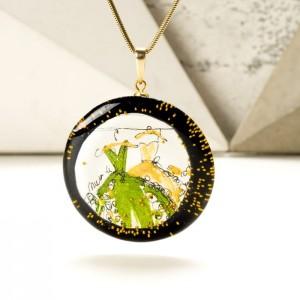 Łańcuszek z imieniem w zawieszce ręcznie malowanej złoto zielonej