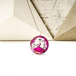 Biżuteria artystyczna naszyjnik z różową zawieszką ręcznie malowany, dwustronny z zielenią butelkową 2
