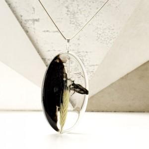 Długi naszyjnik z dużą owalną zawieszką z żywicy z kłosem żyta 2