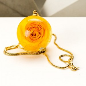 Naszyjnik róża kwiat 1