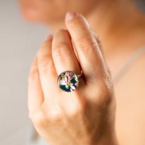 Pierścionek z dużym zielonym oczkiem ręcznie zrobiony  1