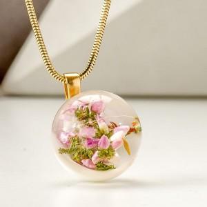 Naszyjnik z zawieszkami wrzos różowy w kulce zawieszki
